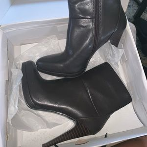 New in box brown booties